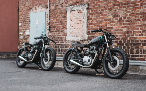 Yamaha XS650: Sometimes miracles come in pairs
